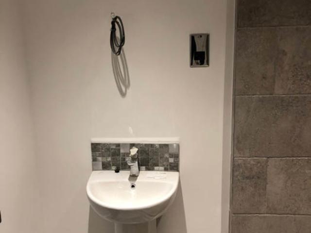 Bathroom basin in flat renovation