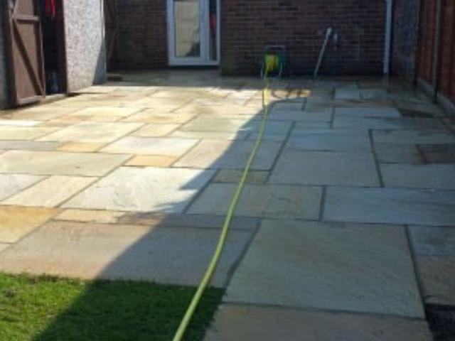 Marshalls paving installer