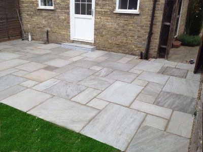 Rear patio garden paving