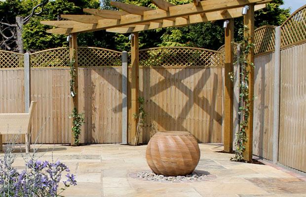 Patio & pergola High Wycombe