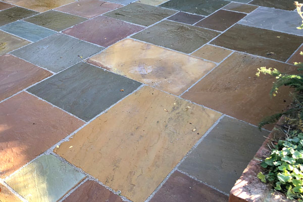 Paved patio in Thame